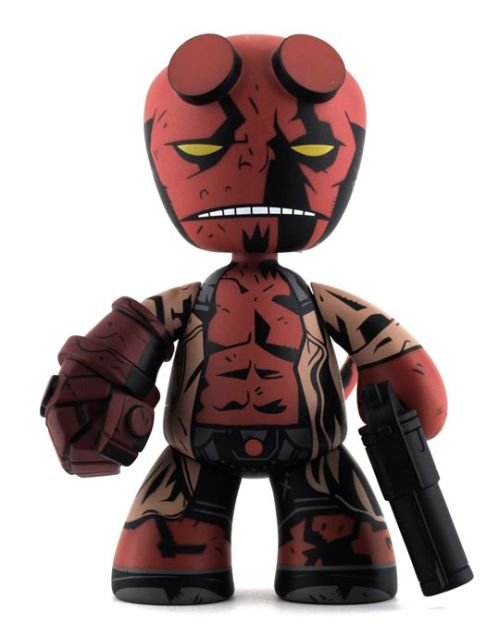 cool hellboy vinyl toy