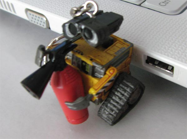 cool wall e character usb flash drive