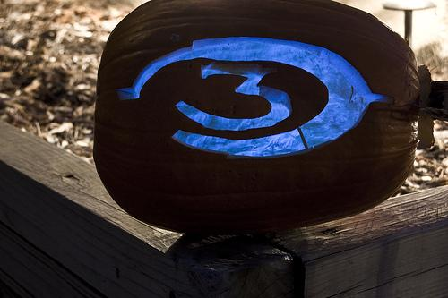 halo 3 pumpkin blue light