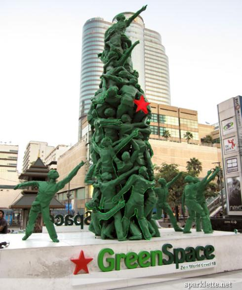 avant garde green men tree