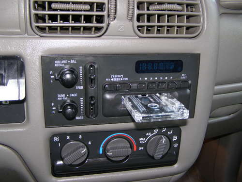 fake car stereo diy 16 Anti Theft Gadgets and Designs to Deter Thieves