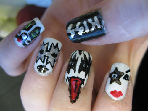 kiss costume nail design