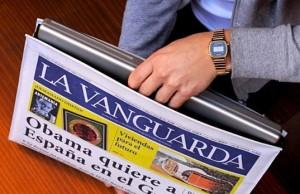 newspaper laptop sleeve 16 Anti Theft Gadgets and Designs to Deter Thieves