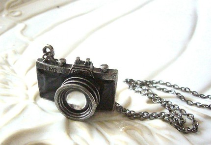 Camera Necklace 3 The Silver Camera Brings Bling To Photography