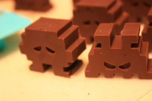 http://www.walyou.com/blog/wp-content/uploads/2010/02/Chocolate-Space-Invaders1.jpg