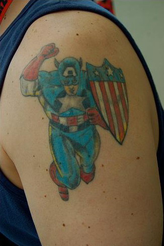 This cool Captain America tattoo was found at Comic Con 2009.