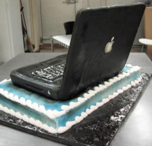 laptop cake back view