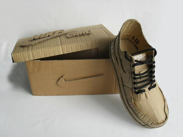 Nike air made up of cardboard (6)