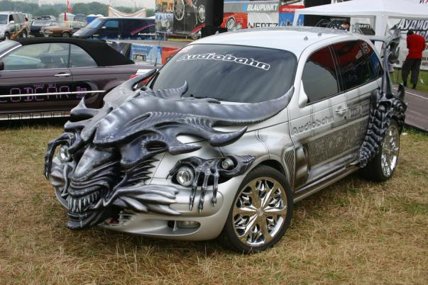 hr giger alien car mod design