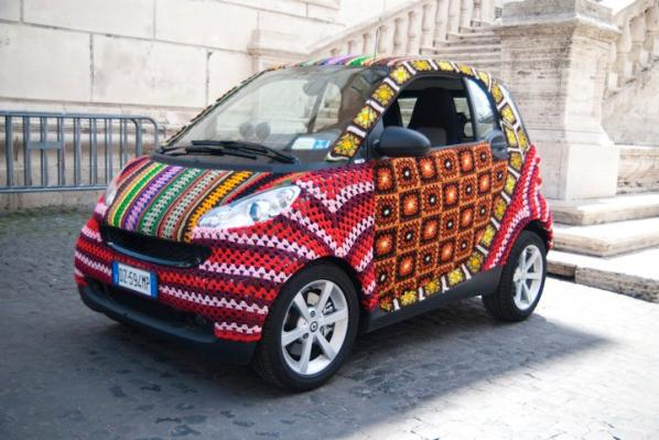 smart car crochet design image