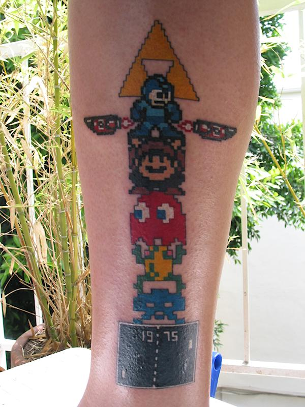 This complete totem pole resurrects gaming heroes in one complete tribute to