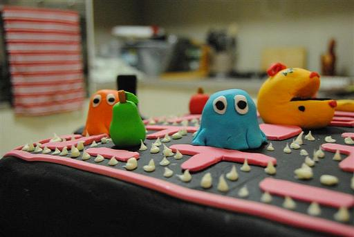 Smash cake photos reminds me a pac-man inspired xboxhalo reach inspired