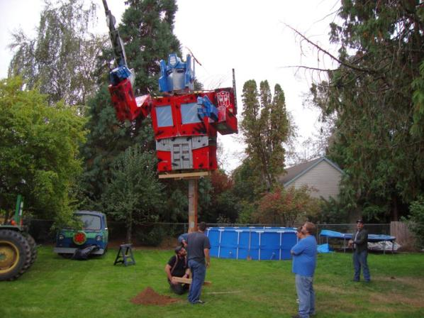 optimus prime replica statue life sized 2010