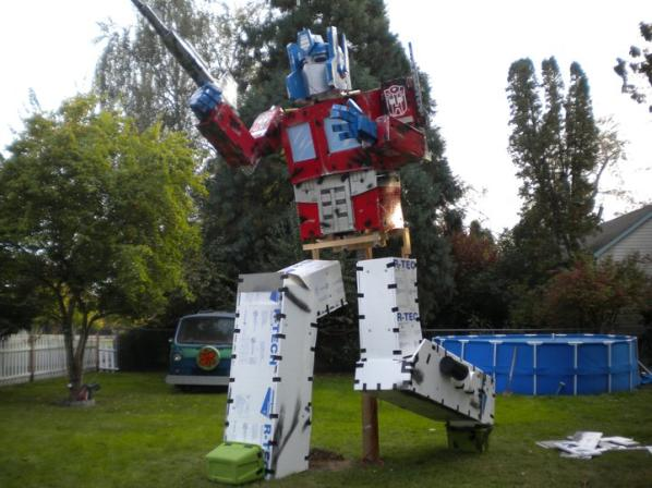 optimus prime statue life sized halloween 2010