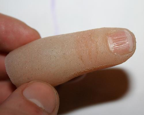 finger-usb-flash-drive-10