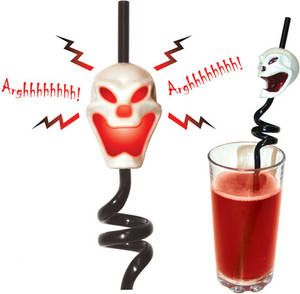 screaming-skull-straws