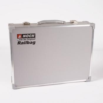 train-model-briefcase-model