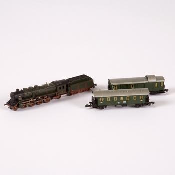 train-model-briefcase