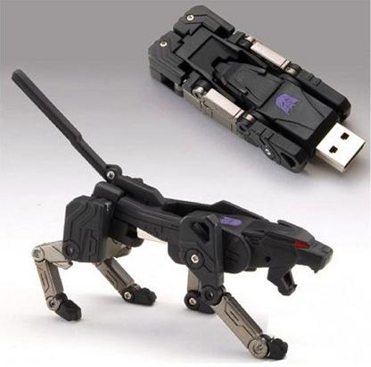 transforming-flash-drive