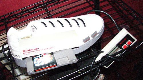 nintendo-mod-nes-shoe