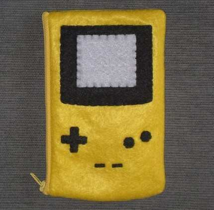 yellow-ds-lite-look-alike-pouch-11