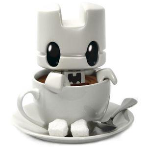 cup of tea vinyl toy