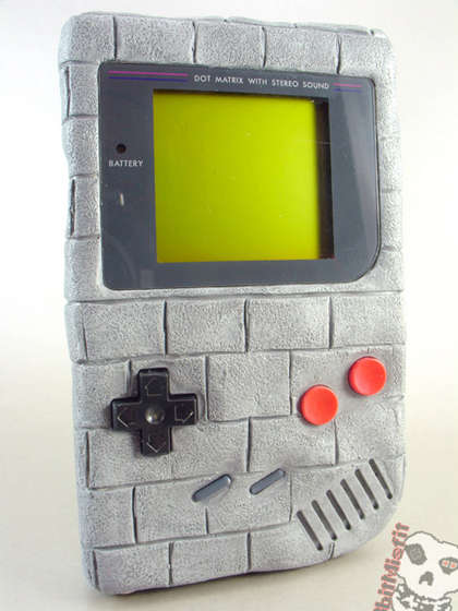nintendo-gameboy-sculpture