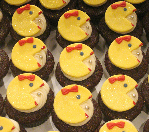 cool ms pacman cupcakes