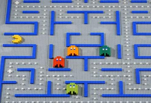 lego pacman 8 bit video