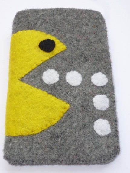 new pacman iphone pouch