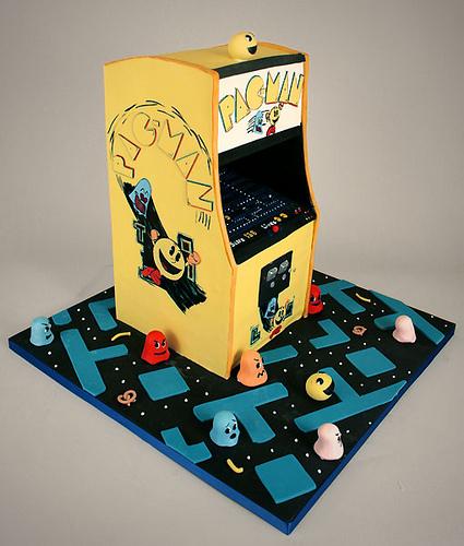 pacman arcade game cake design