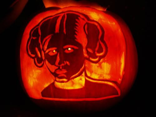 princess leia pumpkin face