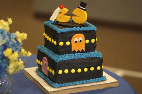 pacman wedding cake