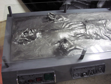 Han Solo Carbonite Desk(3)