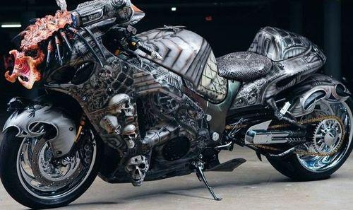 Predator Motorcycle3