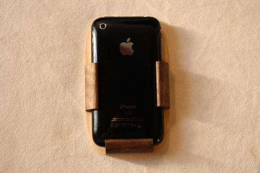 custom iphone covers from wood