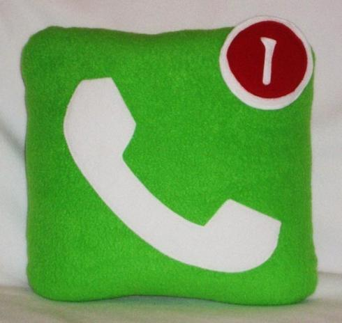iphone-icon-pillows_3