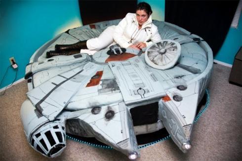 millenium falcon bed cool