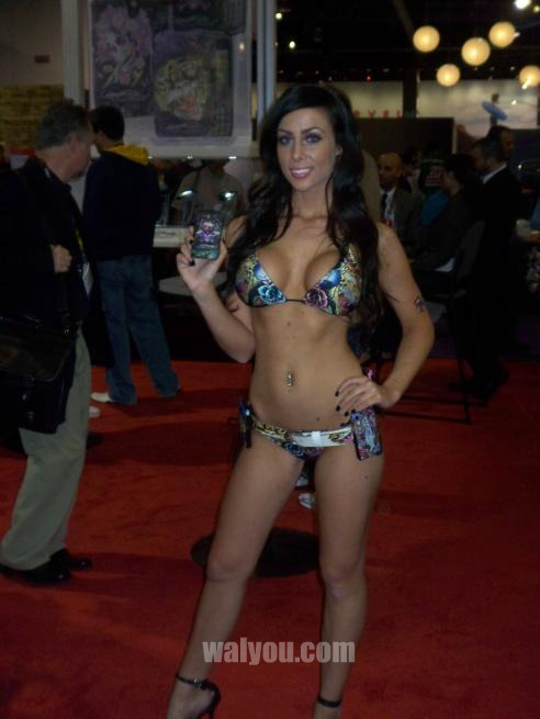 ces 2010 hot girls image 16