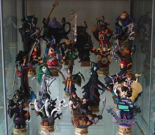 Such People Go To Great Lengths To Prove That It Can Be A Fun And Funky Game,  At Least When It Comes To The Game Hardware. The Kingdom Hearts Chess Set  ...