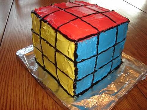 eatable rubik's cube cake