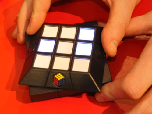 rubik's cube puzzle slide