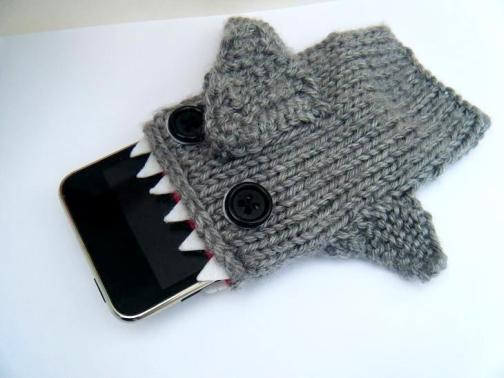 shark iphone cover