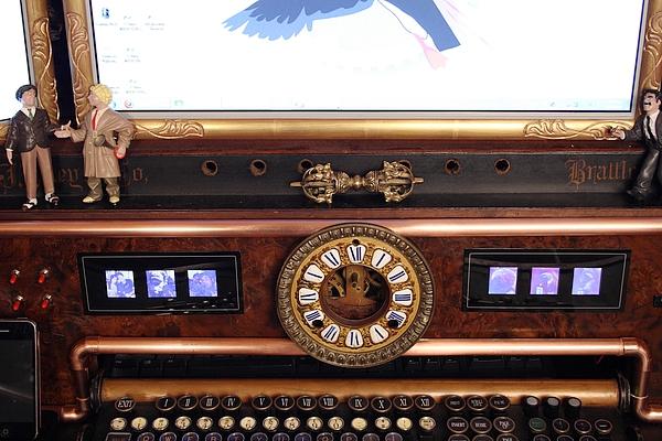 Steampunk Organ Desk