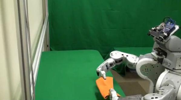 Towel Folding Robot (3)