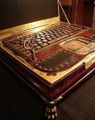 Victorian Laptop (4)