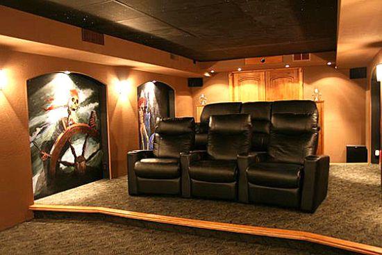 10 pirate theater