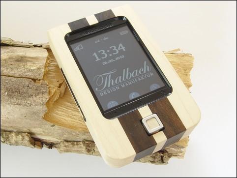 wooden_designphone_neoWood cobra