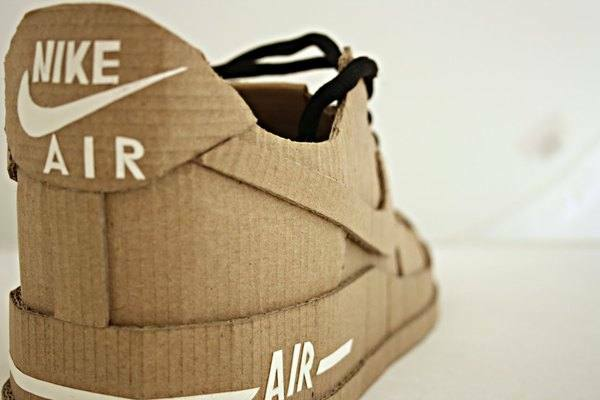 Nike air made up of cardboard (3)