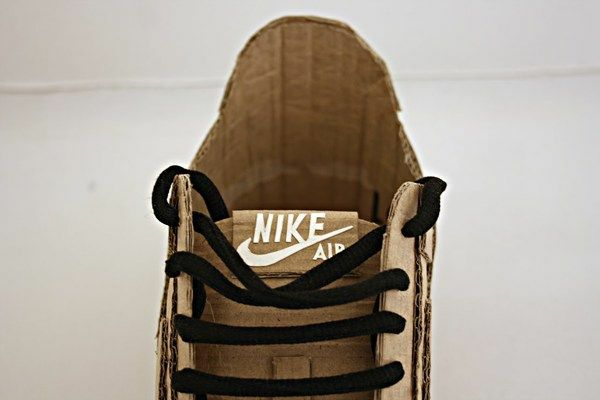 Nike air made up of cardboard (4)